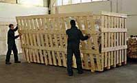 gabbia in legno, servizio di confezionamento merce all'interno di Casse in legno riscaldate